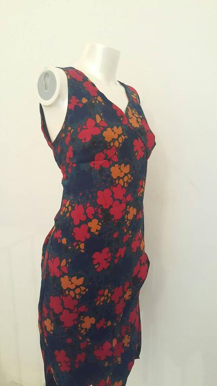 1970s Yves Saint Laurent navy with flowers dress In Good Condition For Sale In Capri, IT