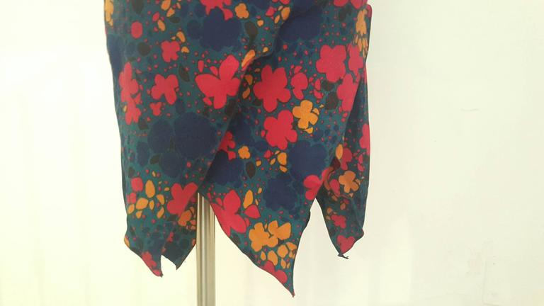 Women's 1970s Yves Saint Laurent navy with flowers dress For Sale