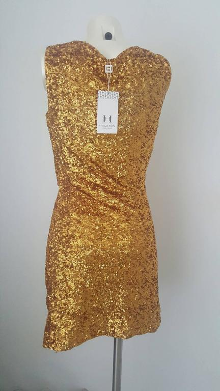2000s Halston Heritage gold sequins embelisshed dress In New Condition For Sale In Capri, IT