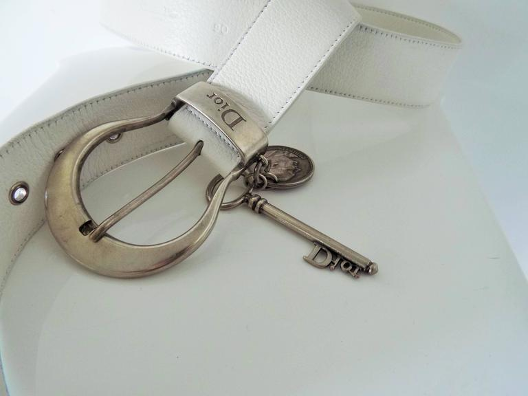 1980s Christian Dior white leather key coin belt  7