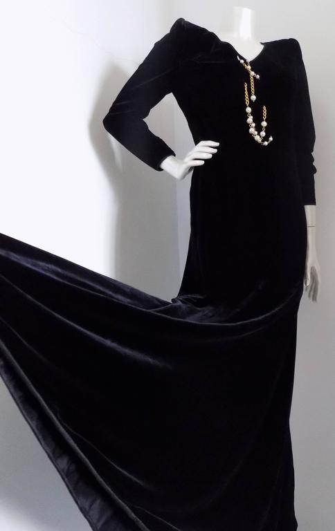 Women's 1970s Valentino black long dress with white pearls For Sale
