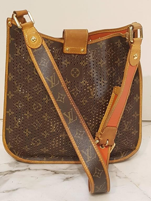 2006 Louis Vuitton Musette Perforated Bag In Excellent Condition For Sale In Capri, IT