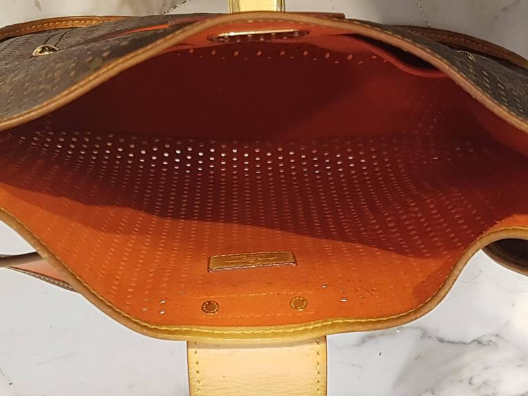 Women's or Men's 2006 Louis Vuitton Musette Perforated Bag For Sale