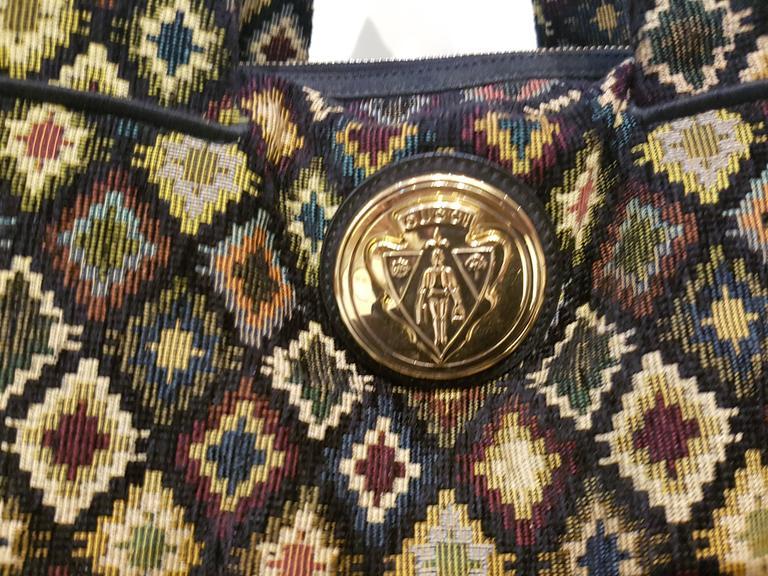 Gucci Gold Tone Logo shoulder bag  1980s circa