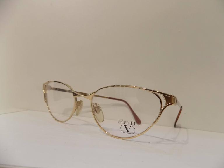 Brown 1980s Valentino Frame - Glasses For Sale
