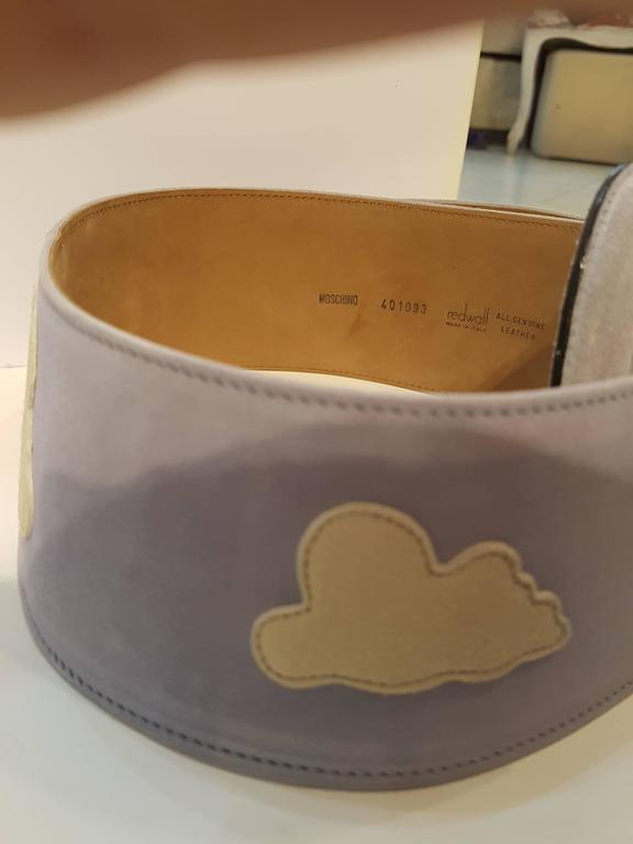 Moschino light blu white clouds NWOT belt In New Condition For Sale In Capri, IT