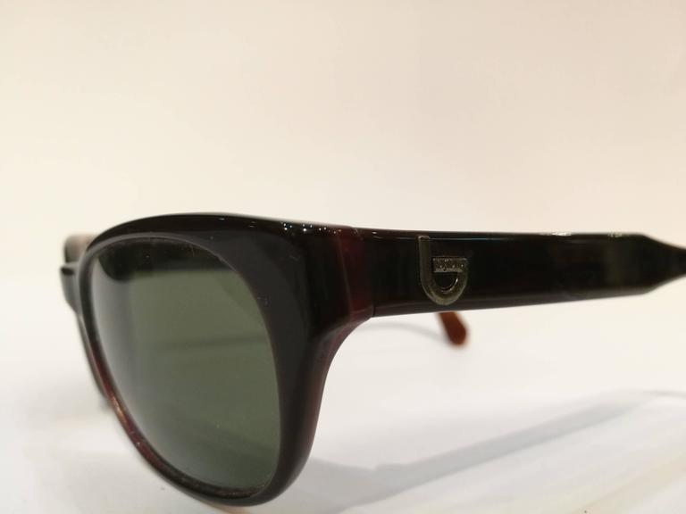 Byblos brown sunglasses In New Never_worn Condition For Sale In Capri, IT