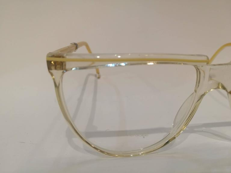 Unworn Gianni Versace frame glasses 4