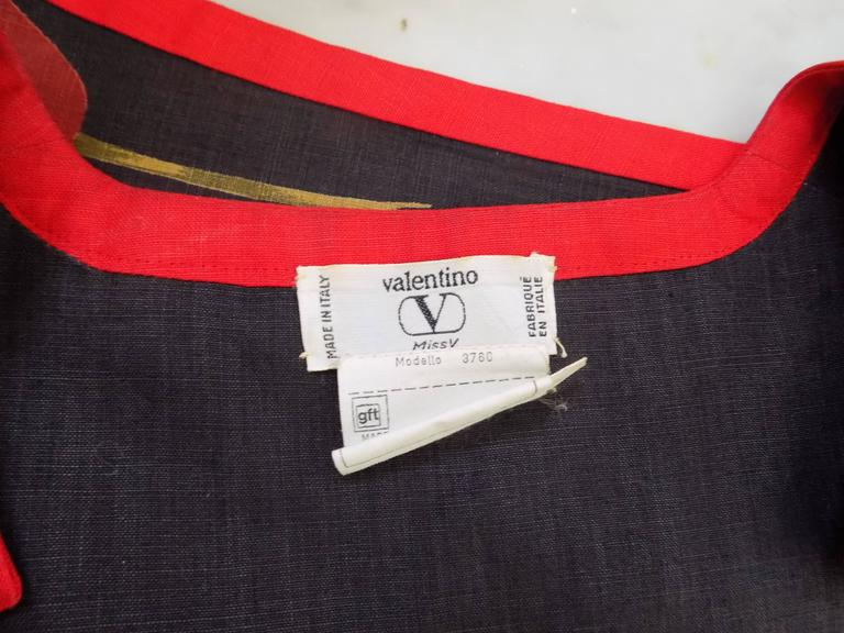 1980s Valentino Blu Red linen Dress 5