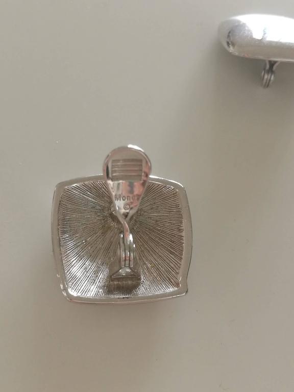 Women's or Men's Monet Silver tone Clip on earrings For Sale