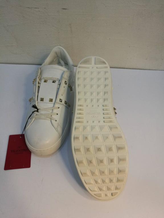 Brown Valentino Garavani White Rockstuds Sneakers NWOT For Sale