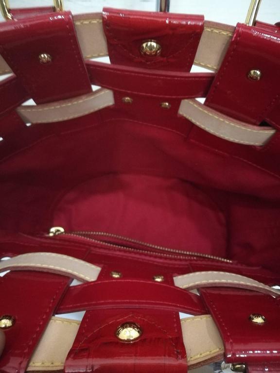 Women's Louis Vuitton Monogram Rubis Neo Bucket Tote For Sale