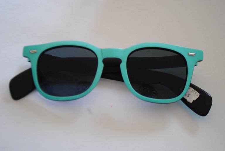 Black 1990s Sunrock Green Sunglasses For Sale