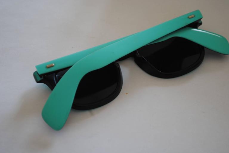 1990s Sunrock Green Sunglasses In Excellent Condition For Sale In Capri, IT