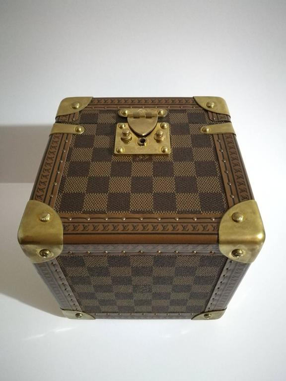 Women's or Men's Louis Vuitton Monogram Watches & Jewels Case For Sale