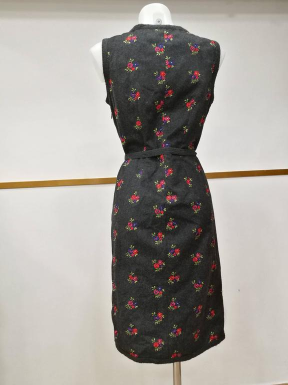 1990s Moschino Grey Embellished Flowers Wool Dress For Sale 2