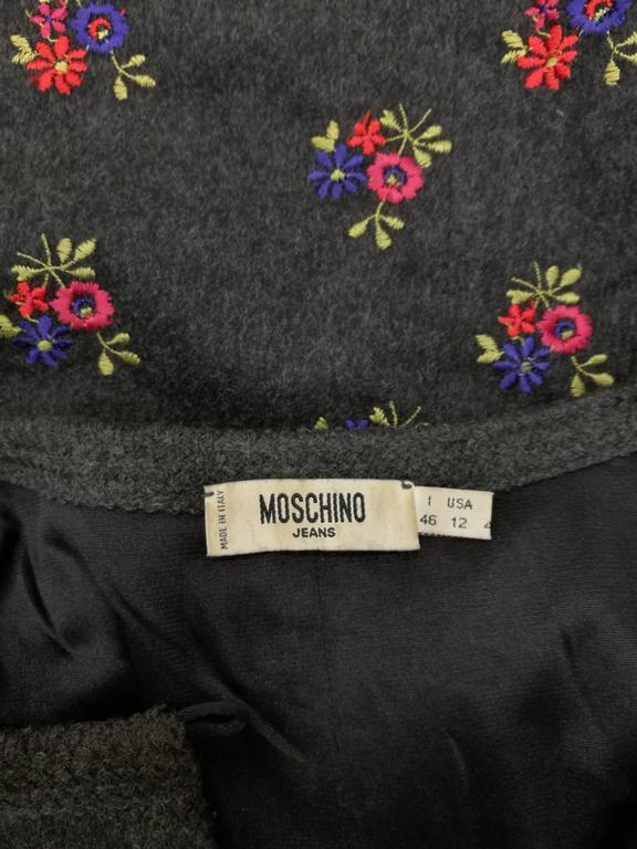 1990s Moschino Grey Embellished Flowers Wool Dress For Sale 4