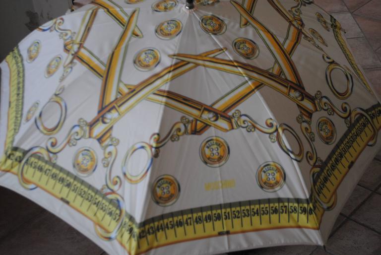 Moschino Cream Scissors Coins Measuring Tape Umbrella NWOT 4
