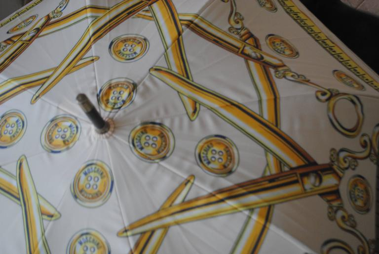 Moschino Cream Scissors Coins Measuring Tape Umbrella NWOT 7