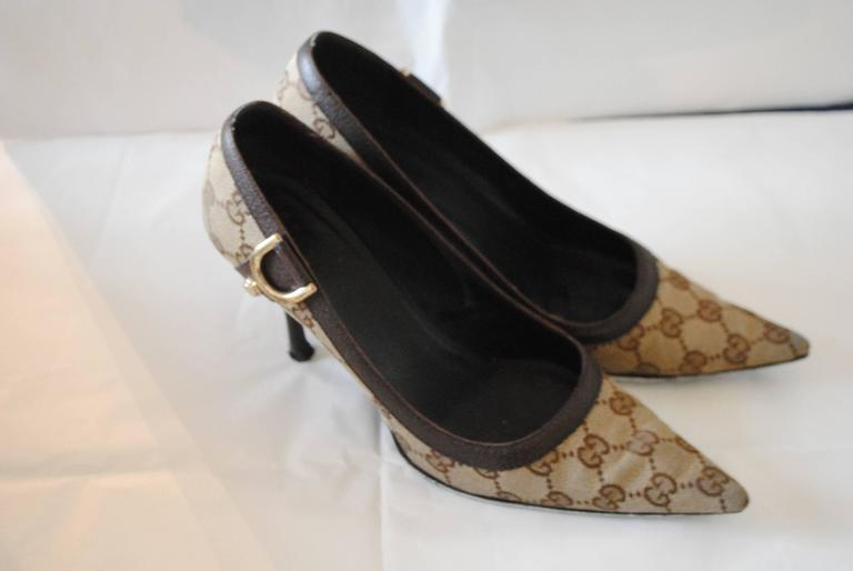 Gucci Textile GG logo Gold Tone Hardware Decollete  Totally made in italy in italian size range 38.5   Heel 7 cm  Still with box