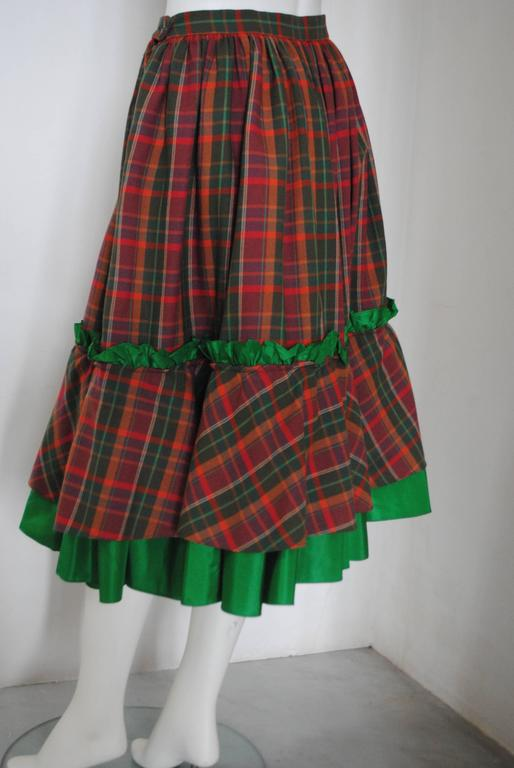 1980s Christian Dior Tartan Skirt In Excellent Condition For Sale In Capri, IT