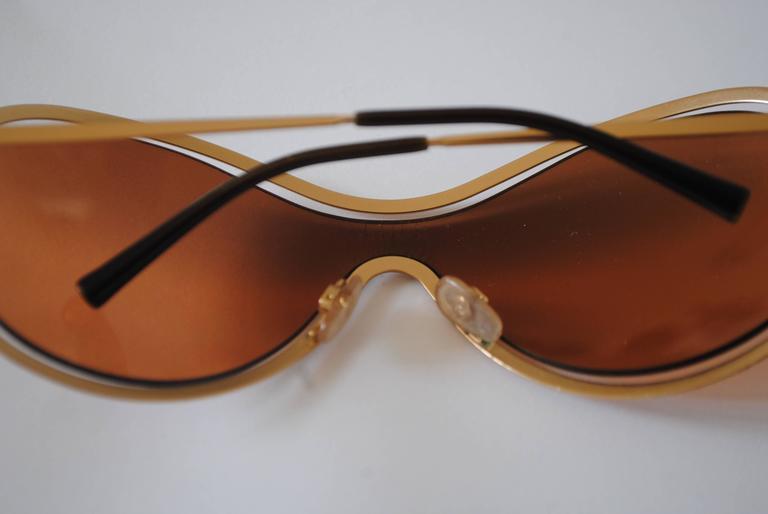 Women's or Men's Chanel Peach Gold Sunglasses For Sale