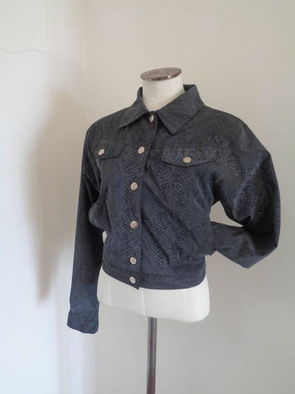 Versace Jeans Couture Jacket  Totally made in italy in size M  Gold tone hardware