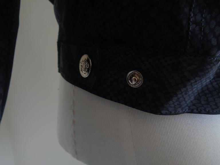 Women's or Men's Versace Jeans Couture Grey python print Jacket For Sale