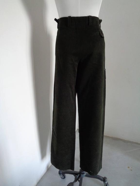 Versace military Green Cotton Pants In Excellent Condition For Sale In Capri, IT