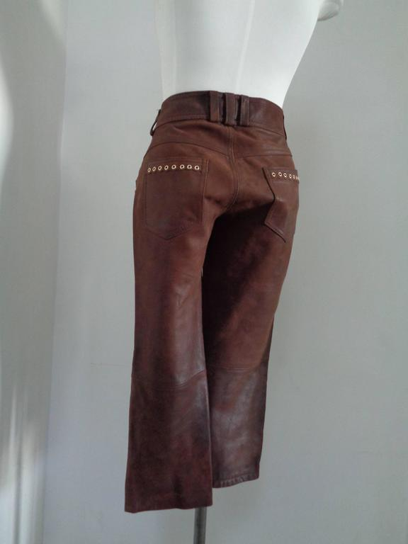 Moschino Brown Leather Pants In Good Condition For Sale In Capri, IT