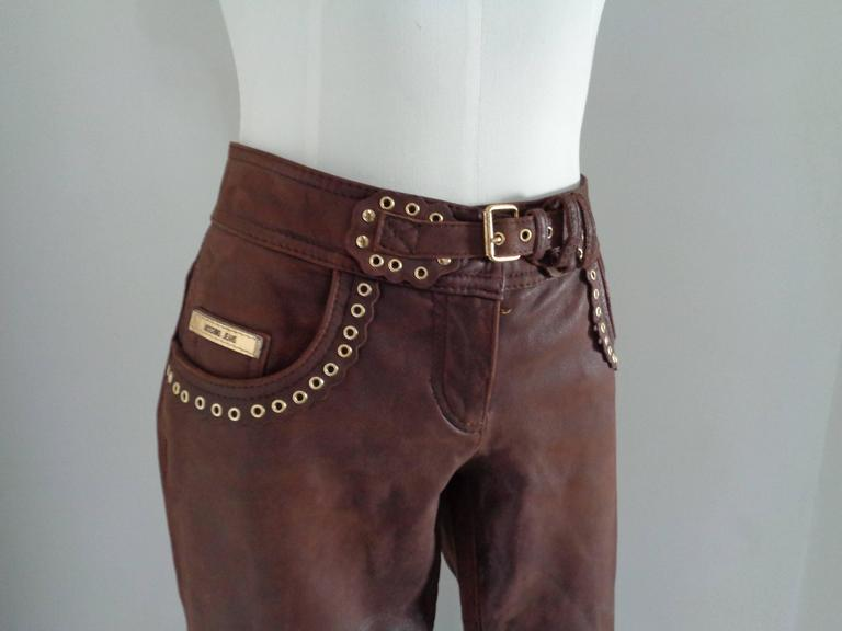 Moschino Brown Leather Pants  Totally made in italy in size 40  Composition: Leather Lining Viscose