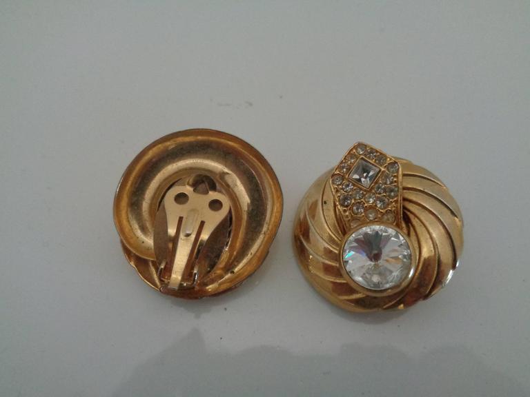 1990s Gold tone Swarovski clip on earrings measurements 3 x 3 cm