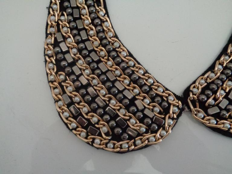 1980s Black Gold tone with Faux white and Grey pearls necklace necking 2