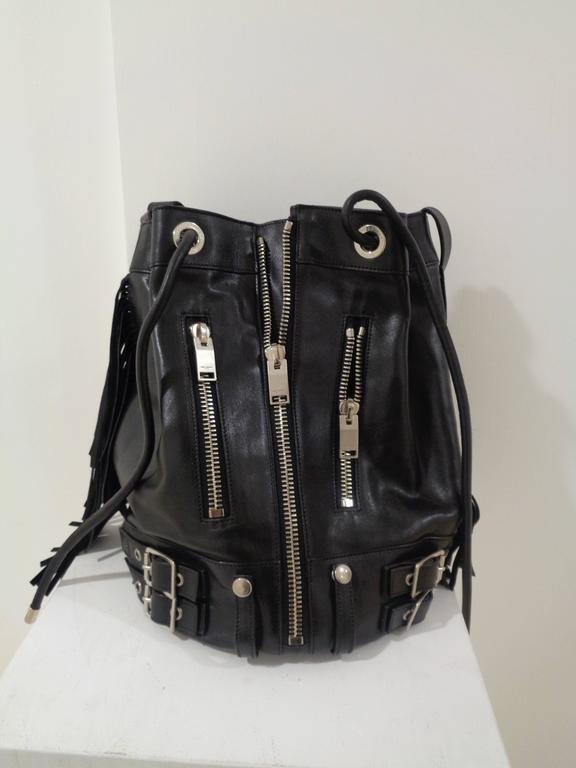 Women's or Men's Yves Saint Laurent Black Leather Silver tone Hardware Satchel For Sale