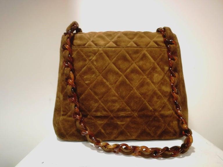 Chanel brown suede baguelite shoulder bag For Sale 1