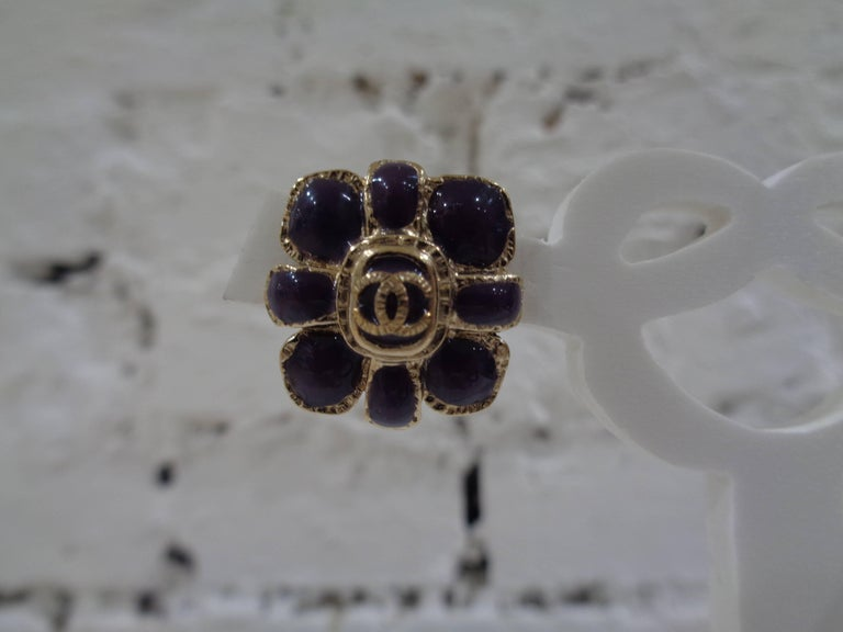 Chanel purple silver tone cc logo flower clip on earrings totally made in frrance size 2 x 2 cm