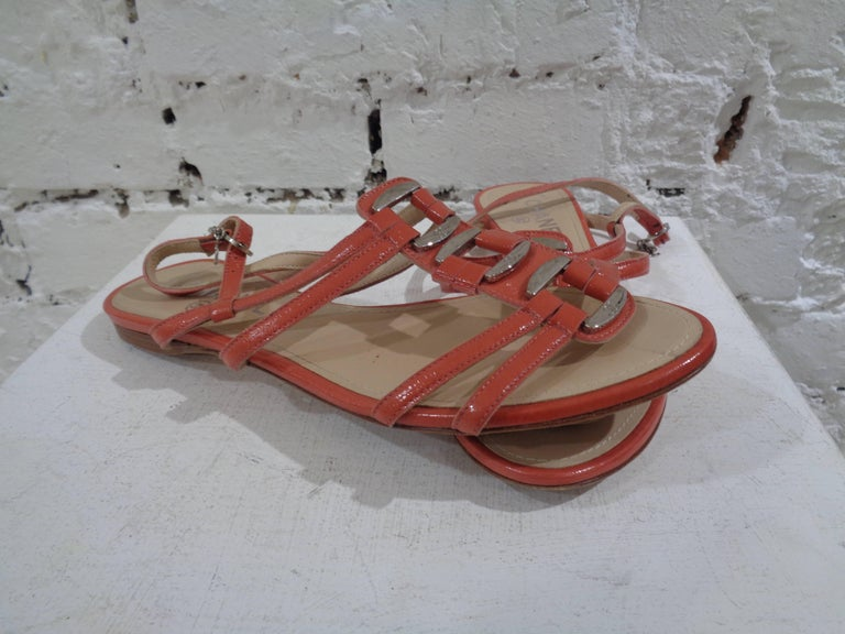 Chanel pink leather sandals In Excellent Condition For Sale In Capri, IT