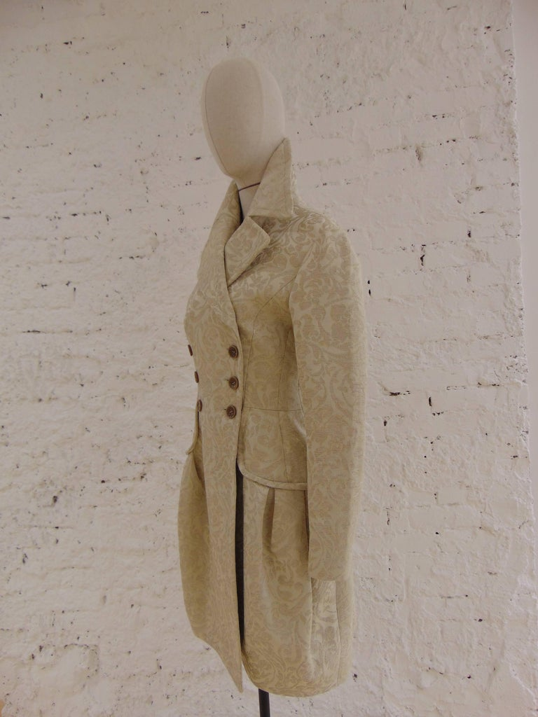 John Galliano cream damasque coat totally made in italy in size 42 composition: Nylon and other