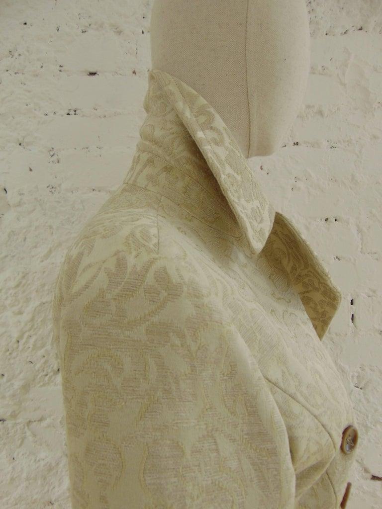 John Galliano cream damasque coat In Excellent Condition For Sale In Capri, IT