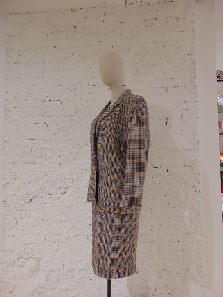 1980s Hermes multicoloured wool skirt suit In Good Condition For Sale In Capri, IT