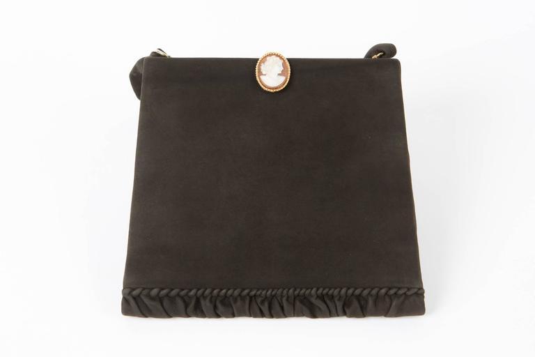 Collector 1950s Black Delvaux Handbag Cameo  In Good Condition For Sale In Paris, FR