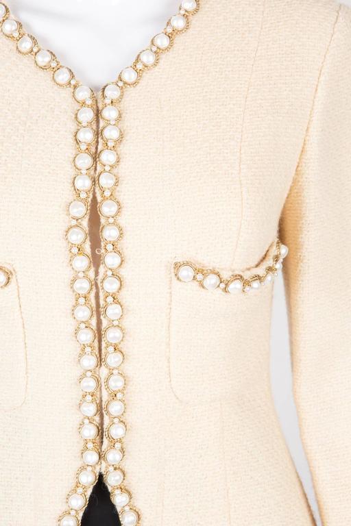 Rare Chanel Ivory Tweed Jacket 5