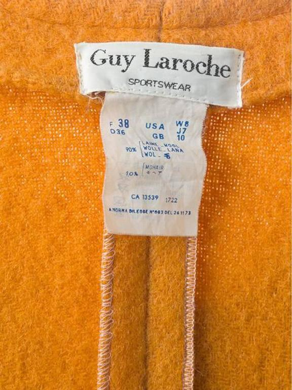 Sunflower Wool Guy Laroche Coat In Good Condition For Sale In Paris, FR