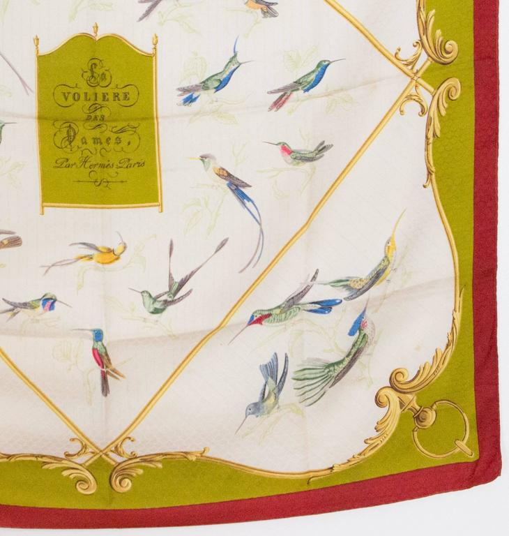 1960s Hermes A La volière Des Dames silk scarf In Excellent Condition For Sale In Paris, FR