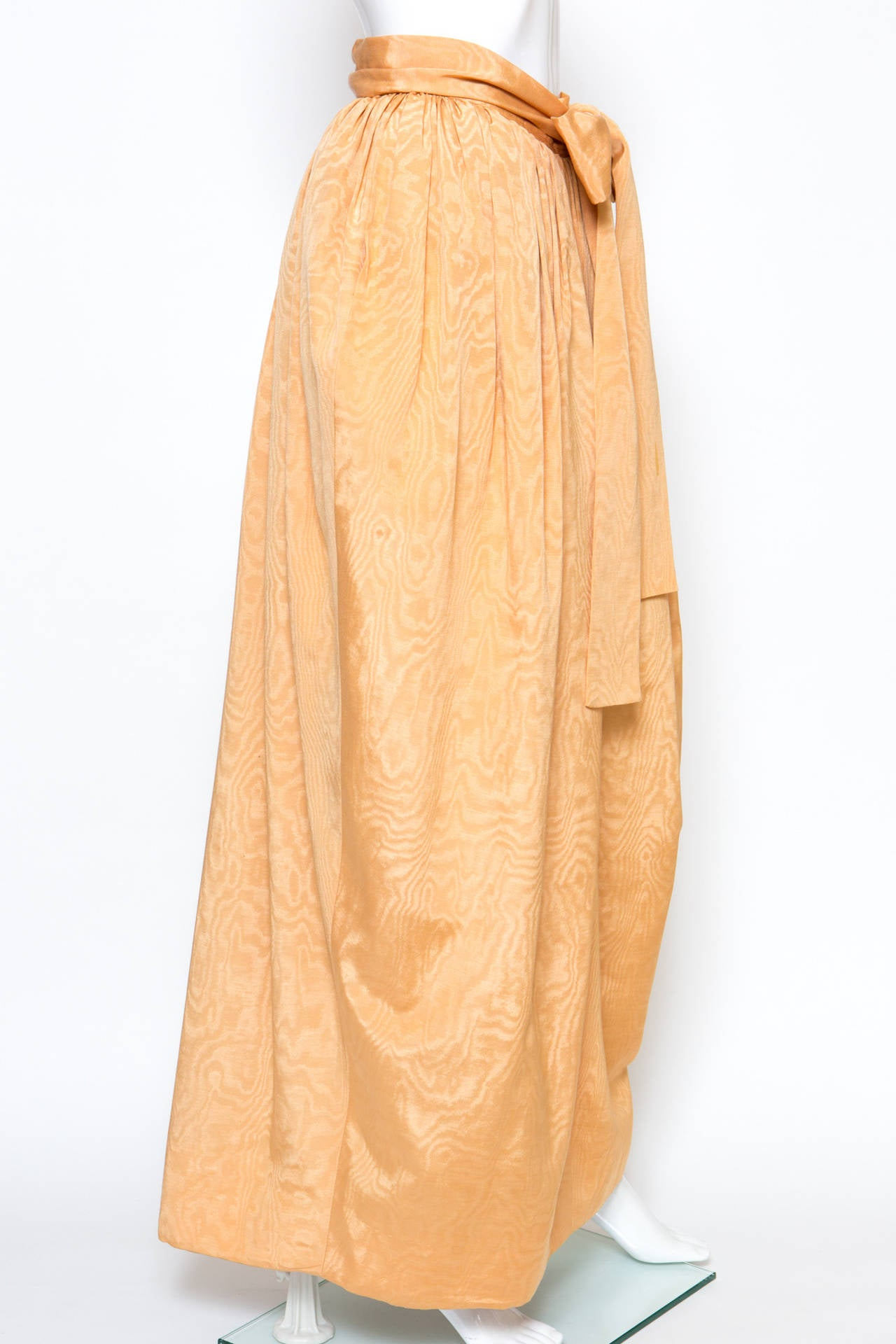 1970s Saint-Laurent Evening Maxi Long Silk Skirt In Excellent Condition For Sale In Paris, FR