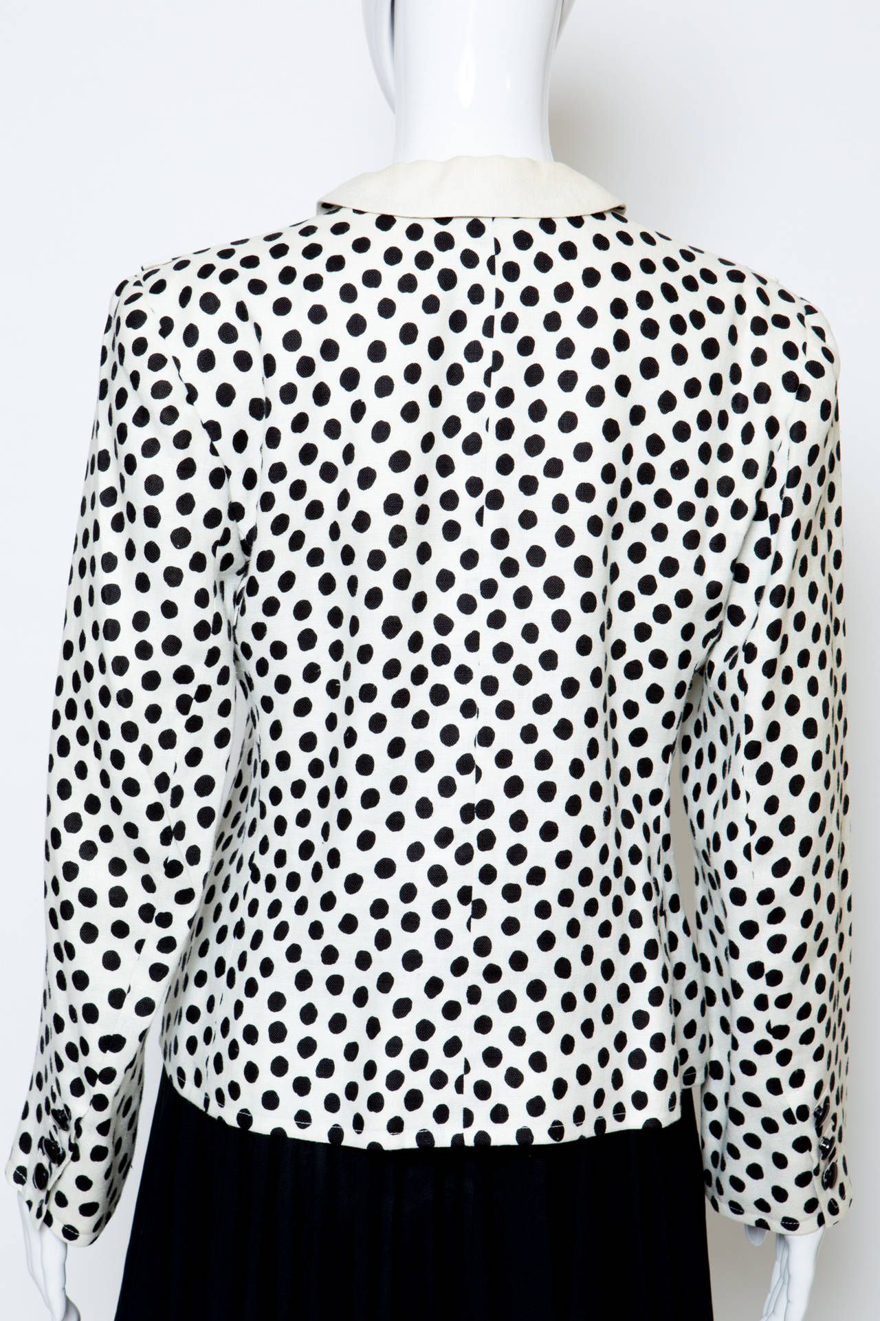 1980s Yves Saint Laurent Black and White Jacket In Excellent Condition For Sale In Paris, FR