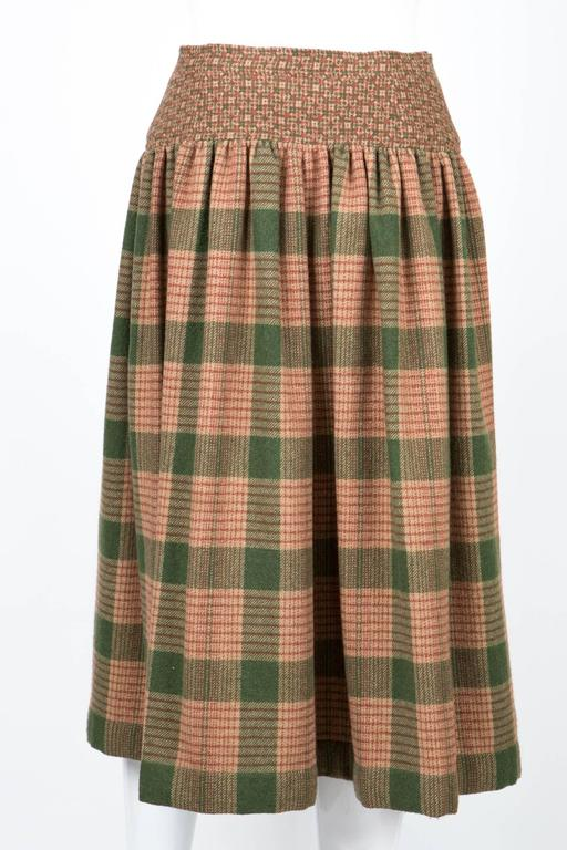 1970s Lanvin Check Wool Skirt In Excellent Condition For Sale In Paris, FR