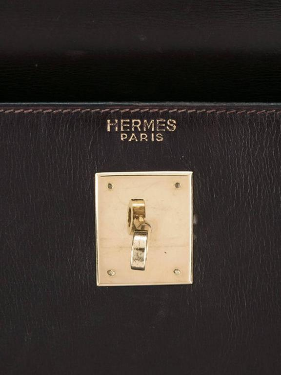 Women's or Men's Hermes Cherry Box Calf Kelly 35cm Tote Bag For Sale