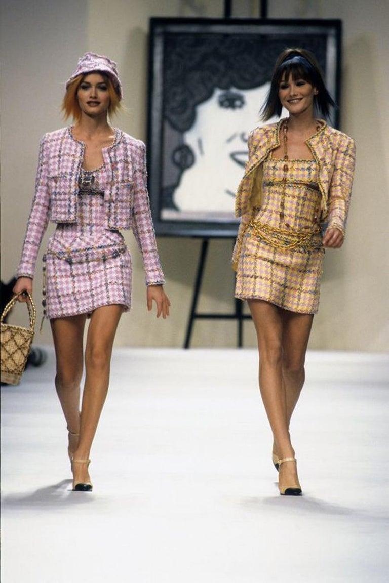 Chanel Catwalk Basket Bag, Spring / Summer 1990s For Sale 8