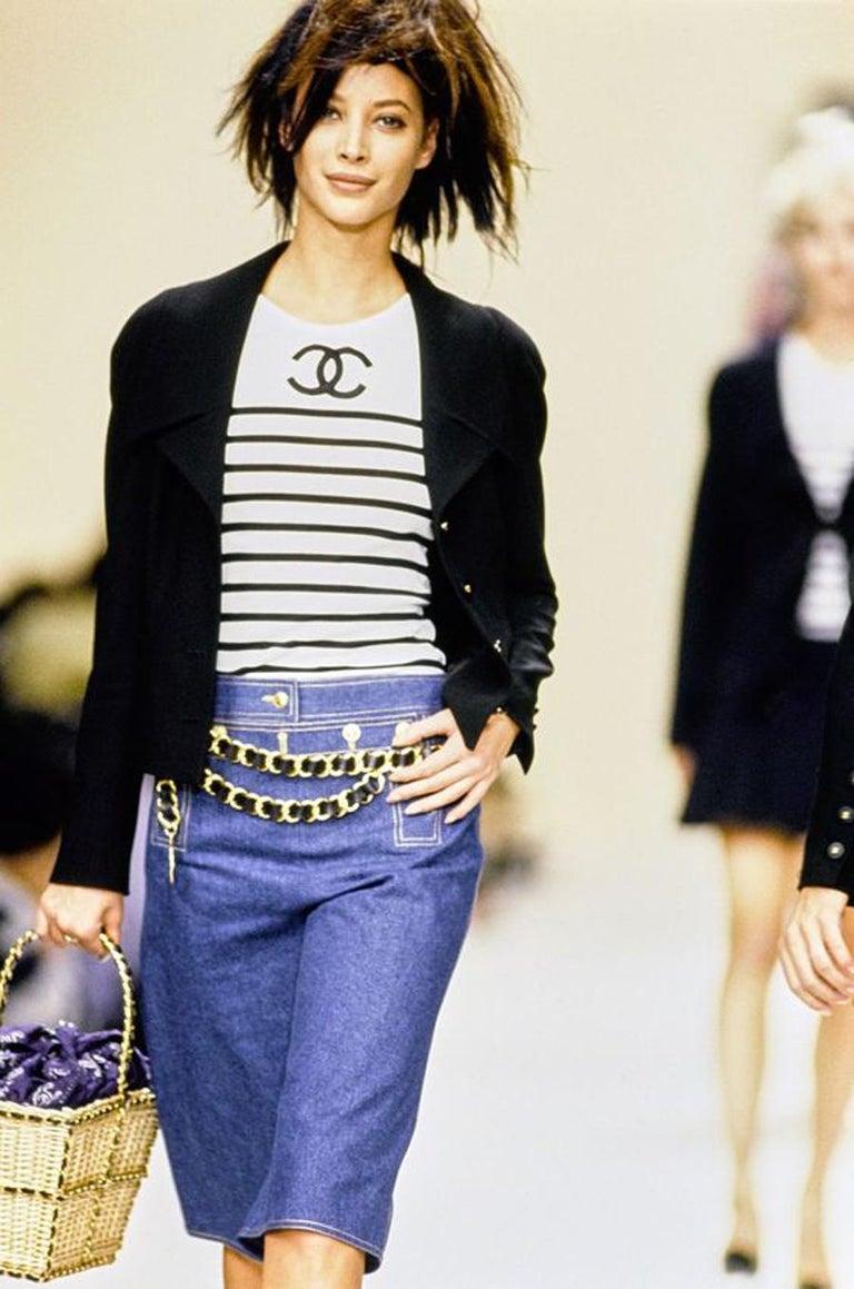 Chanel Catwalk Basket Bag, Spring / Summer 1990s For Sale 9